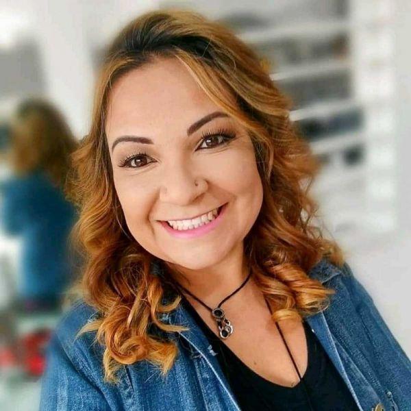 Elaine-Cristina-Lopes