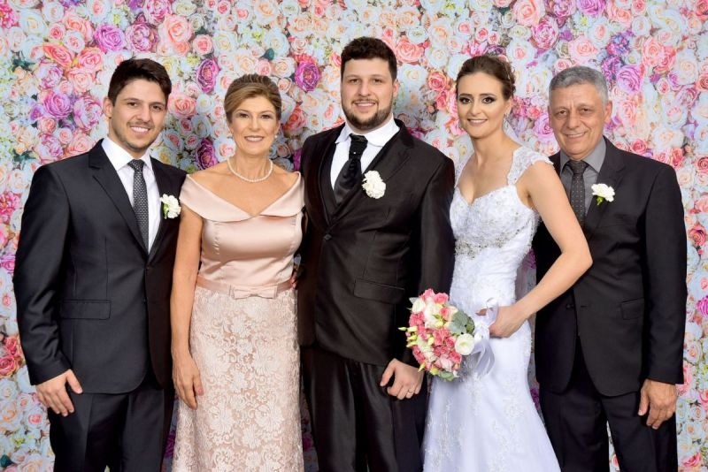 tnBruno-Ndia-noivos-e-Armando